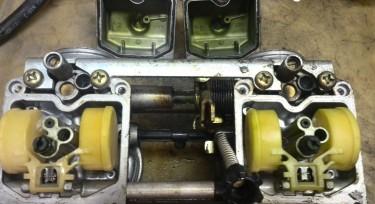 Carburateurs of injectors reinigen