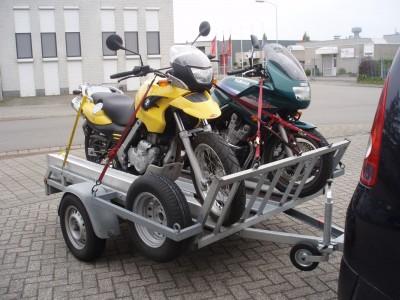 Ongeremde motortrailer huren